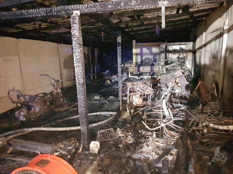 Palił Się Garaż W środku Była Butla Z Gazem Wiadomości Lokalne Konin