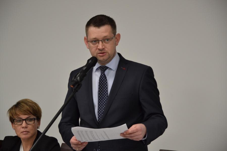 Radni uchwalili pensję burmistrza Ślesina