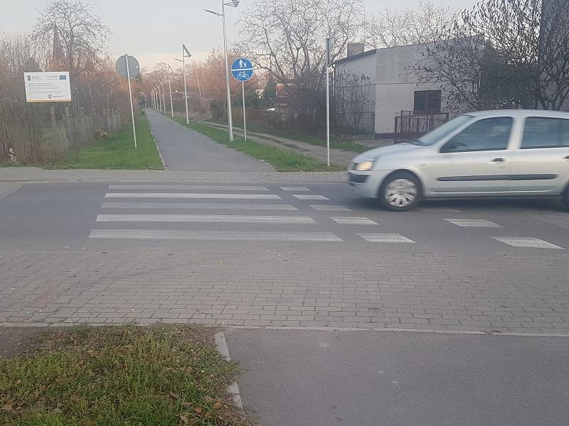 Zamontują interaktywne znaki drogowe