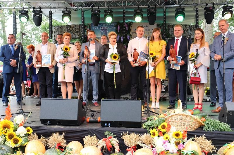Dożynki powiatowe w licheńskiej bazylice